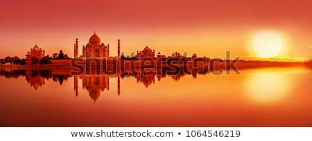 Taj Mahal rivière coucher du soleil amour soleil paysage Photo stock © meinzahn