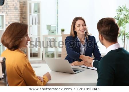 vrouwelijke · manager · sollicitatiegesprek · aanvrager · naar · cv - stockfoto © snowing
