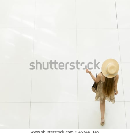 dame · luxe · salle · aristocratique · fille · visage - photo stock © PetrMalyshev