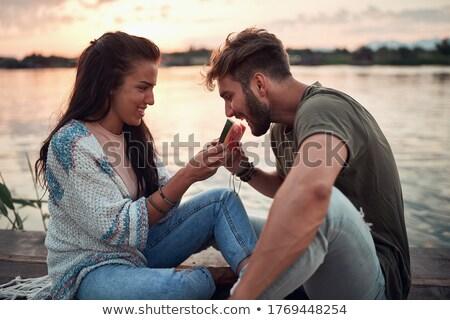 couple · séance · manger · casse-croûte · trekking · jeune · homme - photo stock © is2
