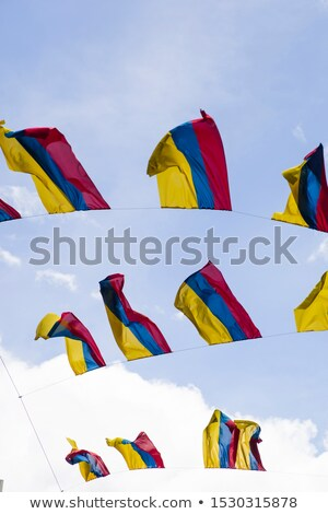 Zászlók kék ég Bogotá Colombia város felirat Stock fotó © boggy