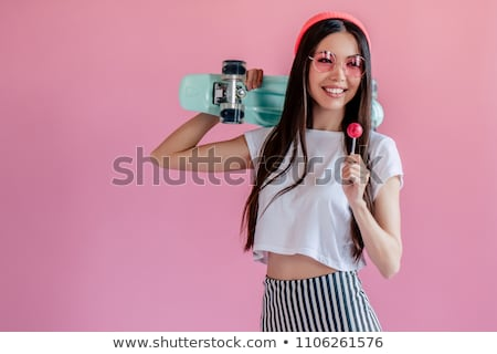 Tienermeisje zonnebril lolly zomer valentijnsdag mensen Stockfoto © dolgachov