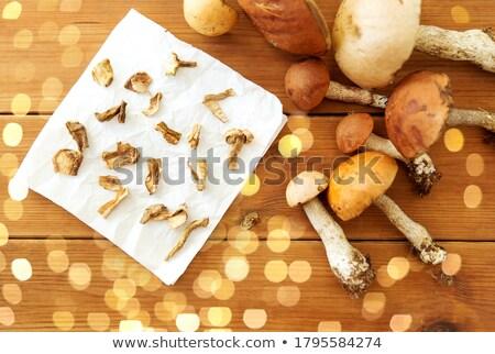 Getrocknet Pilze Papier kulinarische Essen Stock foto © dolgachov