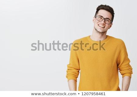 casual · joven · blanco · hombre · sonriendo - foto stock © nickp37