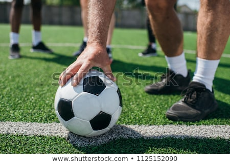 Homem negro jogar futebol preto africano americano homem Foto stock © piedmontphoto