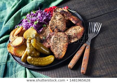 辛い · 豚肉 · バジル · クローズアップ · 白 · 食品 - ストックフォト © zhekos