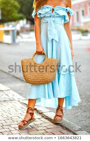 Modieus zomerschoenen venster schoenen store vrouwelijke Stockfoto © Photocrea