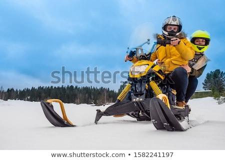 Paar man vrouw paardrijden sneeuw reizen Stockfoto © iofoto