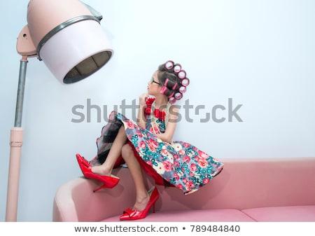 jeune · fille · vintage · chapeau · champs - photo stock © lenm