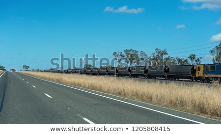 Central queensland autoroute Australie roma Photo stock © jeayesy
