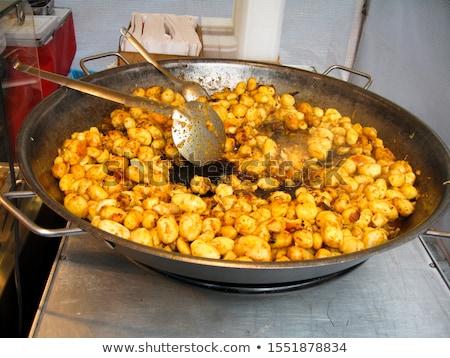Sült egész krumpli vásár serpenyő piactér Stock fotó © jakatics