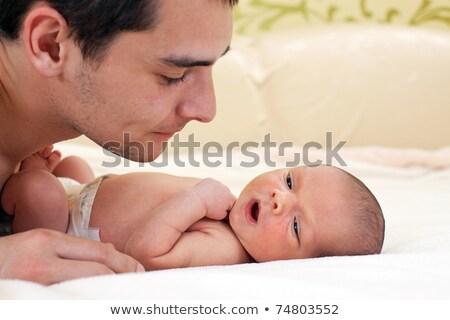Iki hafta bebek baba yatak Stok fotoğraf © Lopolo