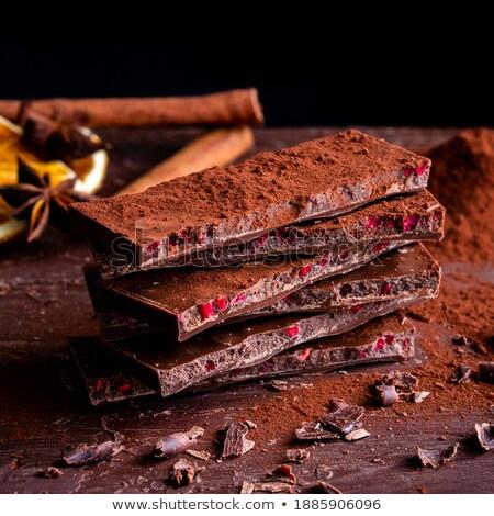 Peça caseiro saboroso bolo de chocolate orgânico framboesas Foto stock © laciatek