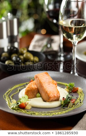 salmone · filetto · verdura · cena - foto d'archivio © furmanphoto