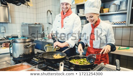 Squadra cucina fantastico alimentare uomo Foto d'archivio © Kzenon