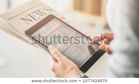 Foto stock: Notícia · digital · comprimido · tela · trabalhar
