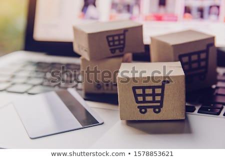 Online vásárlás ekereskedelem nő tabletta tart vásárlás Stock fotó © AndreyPopov