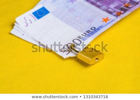 vários · notas · cadeado · isolado · segurança · sucesso - foto stock © a2bb5s