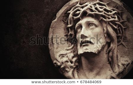 Jesús Cristo estatua atención selectiva mármol árbol Foto stock © Gordo25