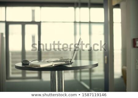 высокий Tech таблице фото здании заседание Сток-фото © laurenstrimpe