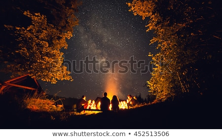 tenda · para · cima · crepúsculo · água · laranja · noite - foto stock © mikdam
