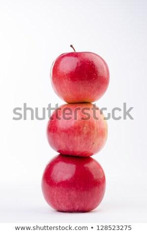 vermelho · três · maçãs · iogurte · granola - foto stock © grazvydas