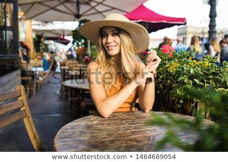 肖像 · 魅力のある女性 · 白 · ジャケット · ポーズ · 屋外 - ストックフォト © acidgrey