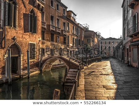 Utca Velence keskeny vezető móló Olaszország Stock fotó © Givaga