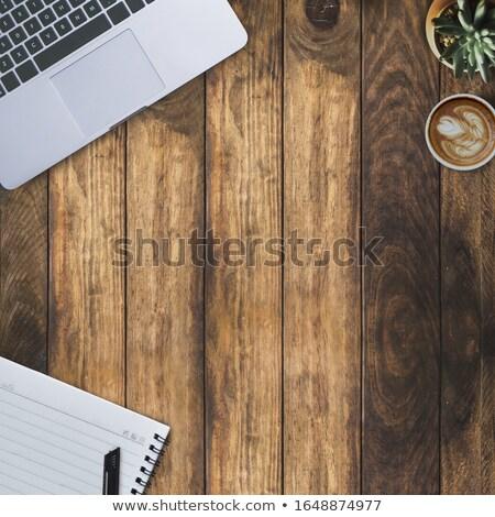 Ordinateur portable rustique chêne table en bois haut vue Photo stock © stevanovicigor
