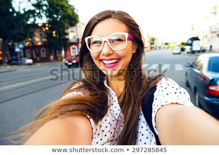 Stockfoto: Mooie · jonge · glimlachende · vrouw · heldere · haren · witte