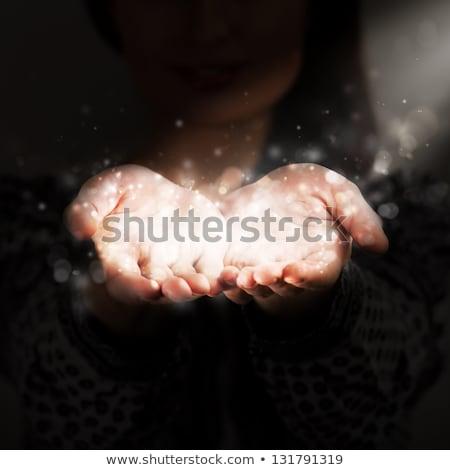 Kobieta podział ciepło dziewczyna miłości fali Zdjęcia stock © hasloo
