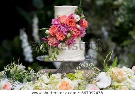 Düğün pastası güller gıda doğum günü beyaz tatlı Stok fotoğraf © ozaiachin