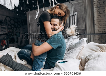 Amoroso Pareja habitación rústico casa Foto stock © boggy