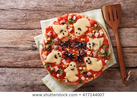 Halloween korkutucu pizza dekore edilmiş hayaletler peynir Stok fotoğraf © furmanphoto