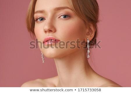 femeie · frumoasa · perla · colier · oglindă · frumuseţe · lux - imagine de stoc © zastavkin