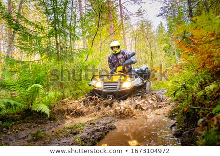 hegyi · kerékpár · gyors · út · férfi · tájkép · hegy - stock fotó © dotshock