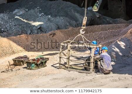 Gancho cascalho amarelo edifício construção Foto stock © lebanmax