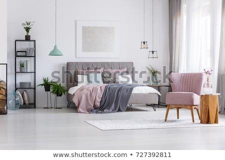 Сток-фото: �енщина · в · спальне