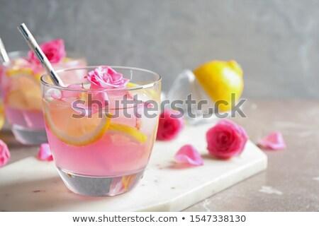 коктейль закрывается высушите клубника сироп Сток-фото © netkov1