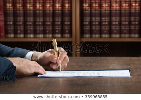 abogado · abogado · de · trabajo · documentos · martillo - foto stock © andreypopov