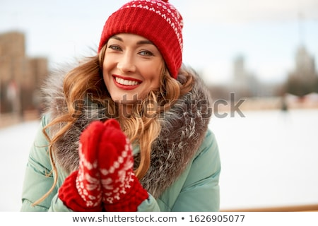 kadın · başvurmak · yer · beyaz · mayo · kırmızı - stok fotoğraf © photography33