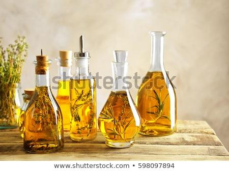 azeite · alho · alecrim · fundo · quadro · verde - foto stock © marimorena