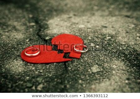 casamento · breakup · divórcio · significado · quebrado - foto stock © andreypopov