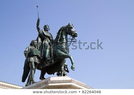 статуя Мюнхен Германия царя вечер город Сток-фото © borisb17