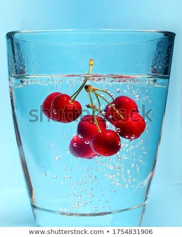 cerejas · tiro · fruto · vermelho - foto stock © broker