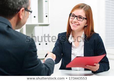 Aperto de mão selar tratar reunião de negócios mulher projeto Foto stock © wavebreak_media