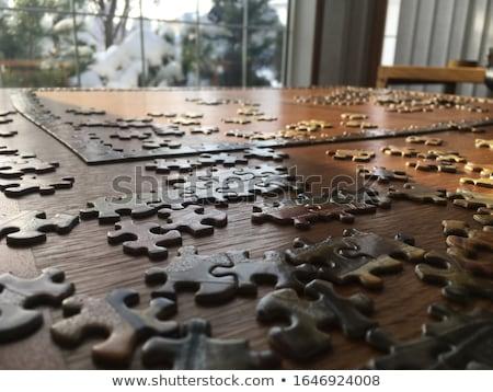 Stok fotoğraf: Bilmece · ahşap · masa · puzzle · parçaları · inşaat · arka · plan · büro