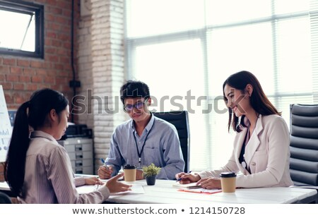 Biznesmen kandydat biuro szczęśliwy ludzi biznesu korporacyjnych Zdjęcia stock © Minervastock