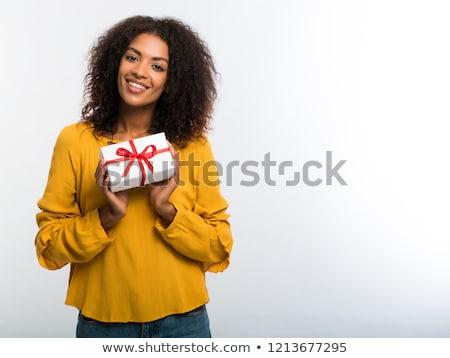fille · chapeau · black · friday · fille · heureuse · gants · de · boxe - photo stock © piedmontphoto