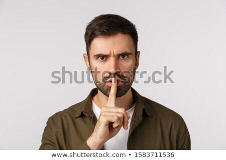 Jonge toevallig man tonen stil Stockfoto © feedough